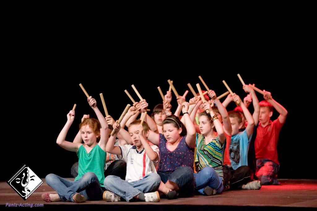 تاثیر تئاتر در مهارت ارتباط با دیگران